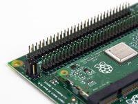 Raspberry Pi Compute Module 3+ в Compute Module IO Board, плата расширения